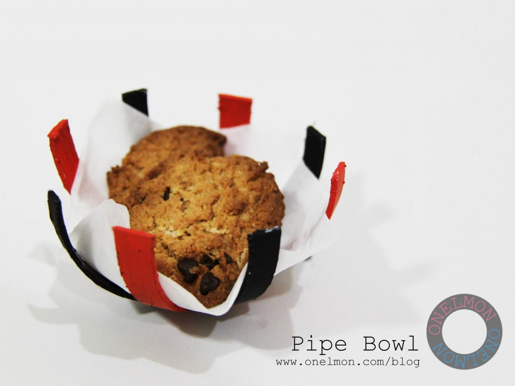 Cookie holder from PVC pipe @ onelmon