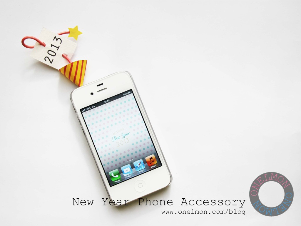 DIY New Year Phone Accessory | onelmon