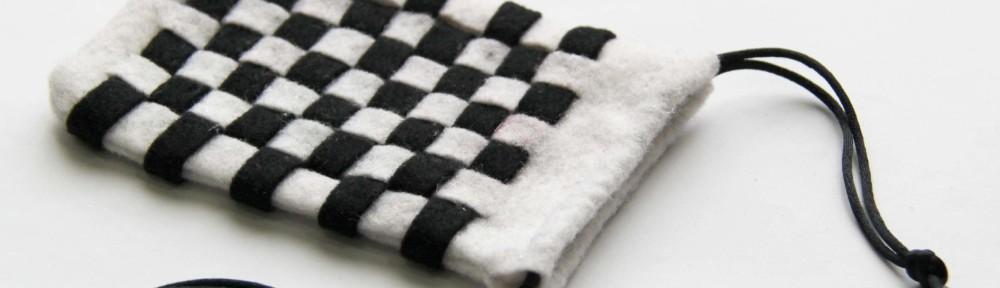 DIY Checker Pouch