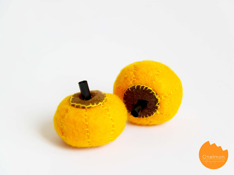 DIY Tutorial: Mini Pumpkin | onelmon for A Nest for All Seasons