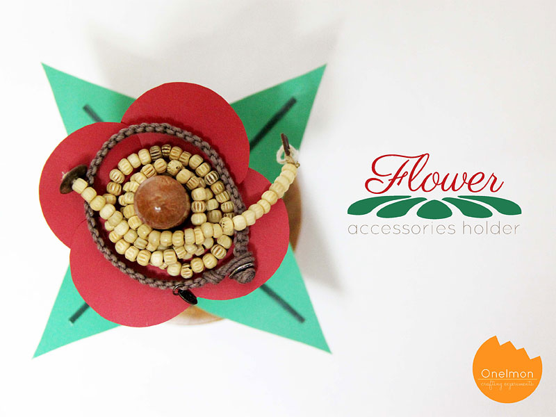 DIY Tutorial: Flower Accessories Holder | @onelmon
