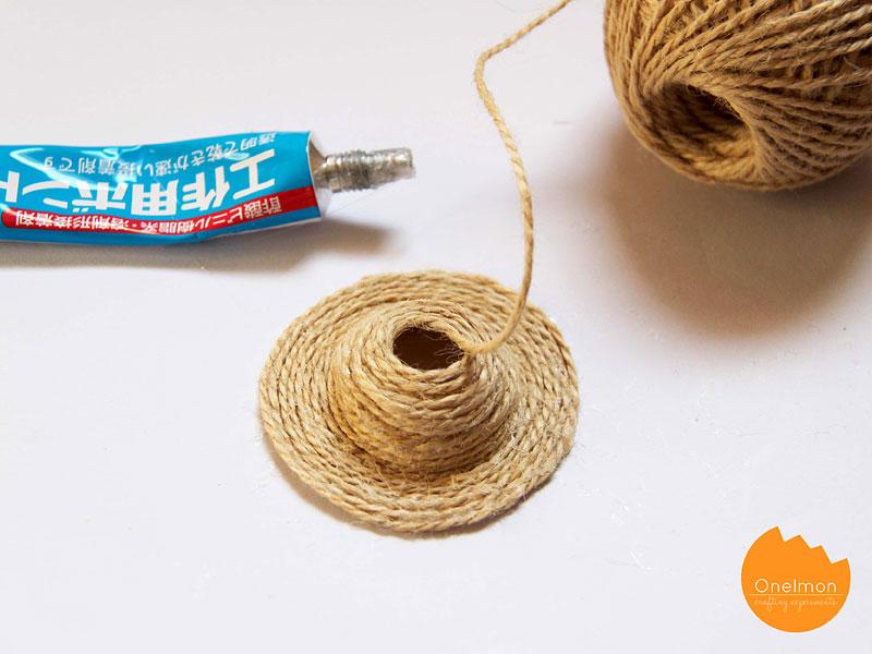 DIY Tutorial: Mini Straw Hat | @onelmon