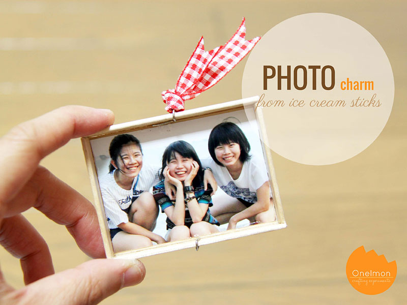 DIY Tutorial: Ice Cream Stick Photo Charm | @onelmon
