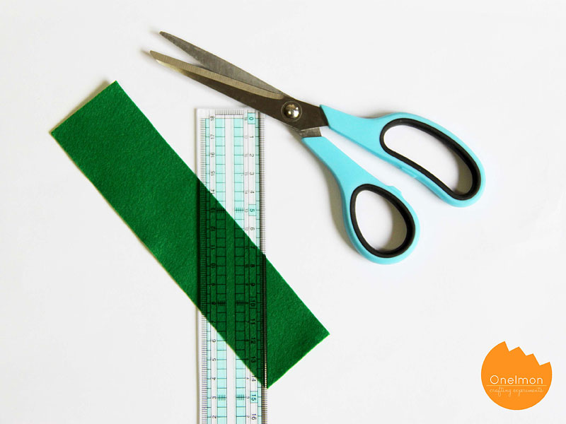 DIY Tutorial: Zipper Bracelet   @onelmon
